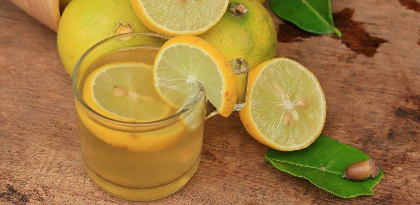 La spiga d 39 oro il limone un toccasana sulla tavola di - Un ampolla sulla tavola ...